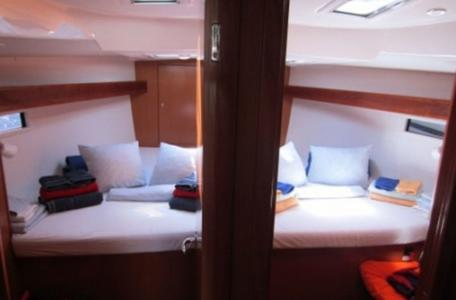 305c3ebe002b1234c6617e7e7c7f9272 yacht charter croatia bavaria cruiser 45 blues point %289%29 800 530 c