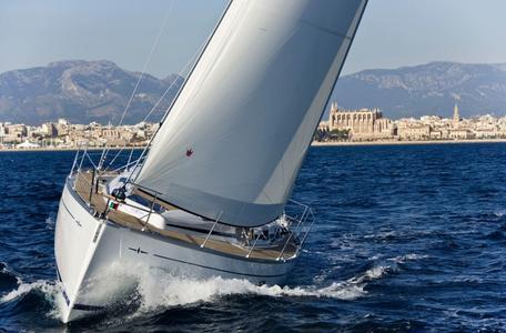 Waypoint yacht charter croatia bavaria 37 mare 1