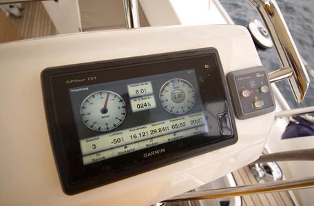 5fe187d6f158f1aa3457a4383e36804b bavaria cruiser 46 2015 joya waypoint charter croatia %288%29 800 530 c