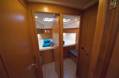 72a11d6cd35f1adbc84c41258abd4fa8 bavaria cruiser 46 2015 joya waypoint charter croatia %285%29 800 530 c