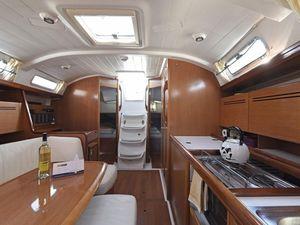 D237be5b1d89f8ab1a85208a151d59cf yacht charter croatia cyclades 39 kron %2812%29 800 530 c