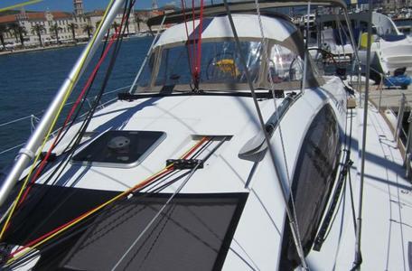 511c955c1a303af4984962c995140146 yacht charter croatia sun odyssey 50ds %2818%29 800 530 c