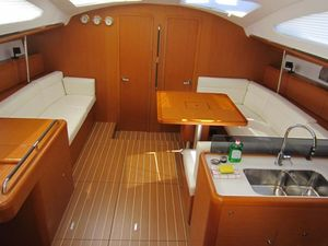8933eb342e4951108093919a511f830a yacht charter croatia sun odyssey 50ds %2821%29 800 530 c