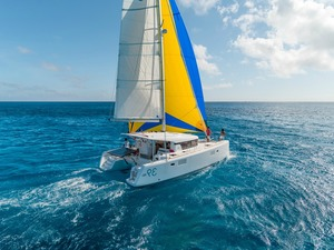 Istion yachting lagoon39 e