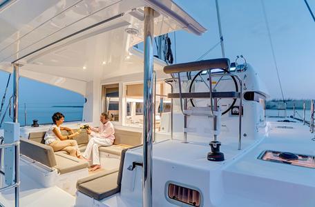 Istion yachting lagoon39 j