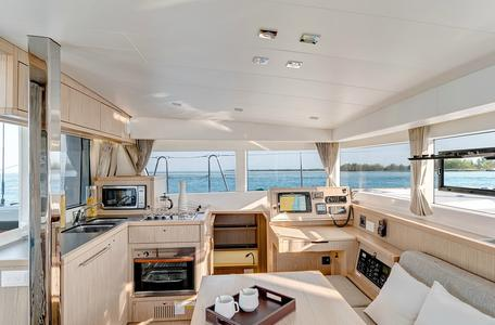 Istion yachting lagoon39 l