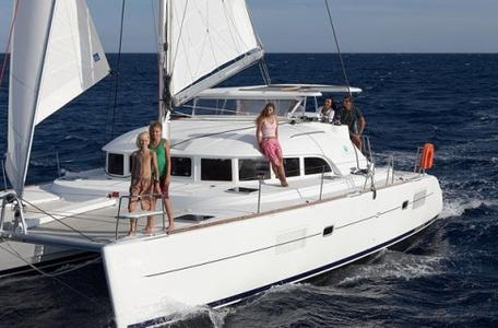 Thumb6 catamaran lagoon 3801