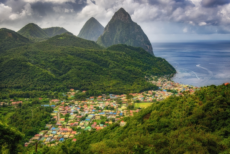 The Pitons, 74528