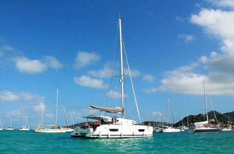 Fountaine Pajot, 9024