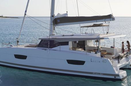Fountaine Pajot Lucia 40, 12008